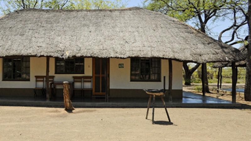 Shingwedzi Rest Camp - Family Cottage 1